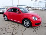 2014 Volkswagen New Beetle COUPn++ (Toit Ouvrant) in Chicoutimi, Quebec