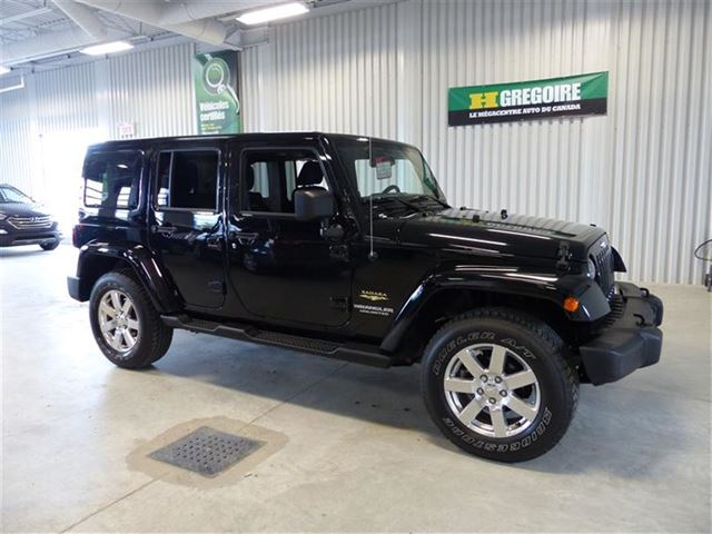2013 Jeep Wrangler UNLIMITED SAHARA     (navigation) in Chicoutimi, Quebec