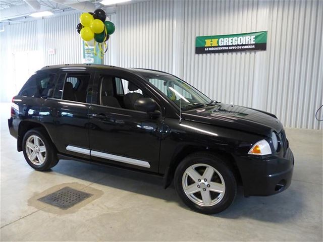 2010 Jeep Compass North 4X4 in Chicoutimi, Quebec