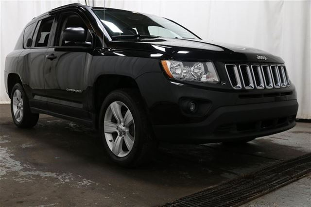 2012 Jeep Compass SPORT A/C GR n++LECT MAGS in Carignan, Quebec