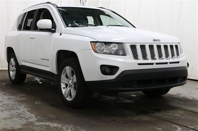 2015 Jeep Compass 4WD AUTO A/C GR n++LECT MAGS in Carignan, Quebec