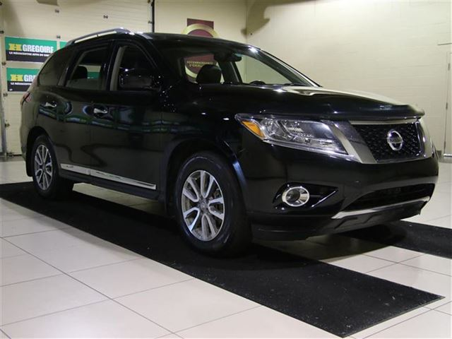 2013 nissan pathfinder sl awd cuir toit camera recul carignan quebec car for sale 2452567. Black Bedroom Furniture Sets. Home Design Ideas