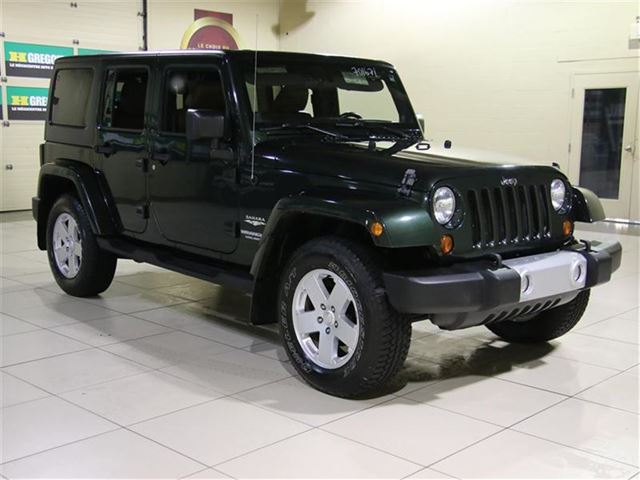 2011 Jeep Wrangler UNLIMITED SAHARA AUTO A/C CUIR MAGS in Carignan, Quebec