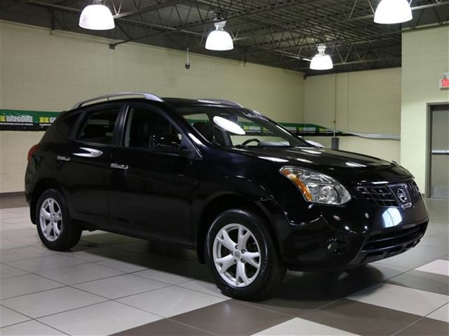 2010 NISSAN Rogue SL AWD CUIR TOIT OUVRANT in Laval, Quebec