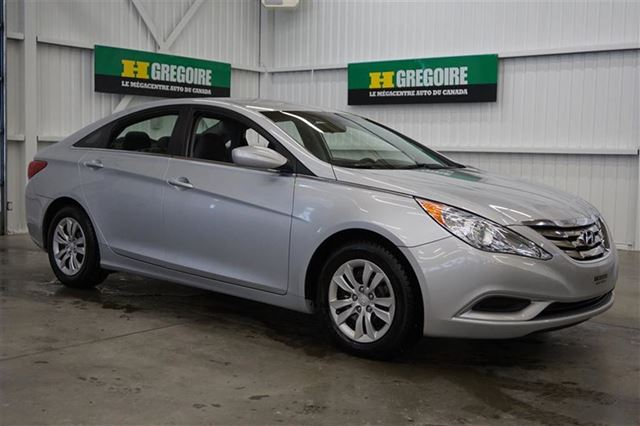 2013 hyundai sonata gl magog quebec used car for sale 2452740. Black Bedroom Furniture Sets. Home Design Ideas