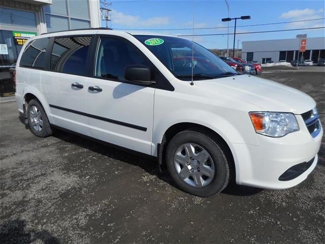 2013 Dodge Grand Caravan SE   GARANTIE AVRIL 2018 in Saint-Simeon, Quebec