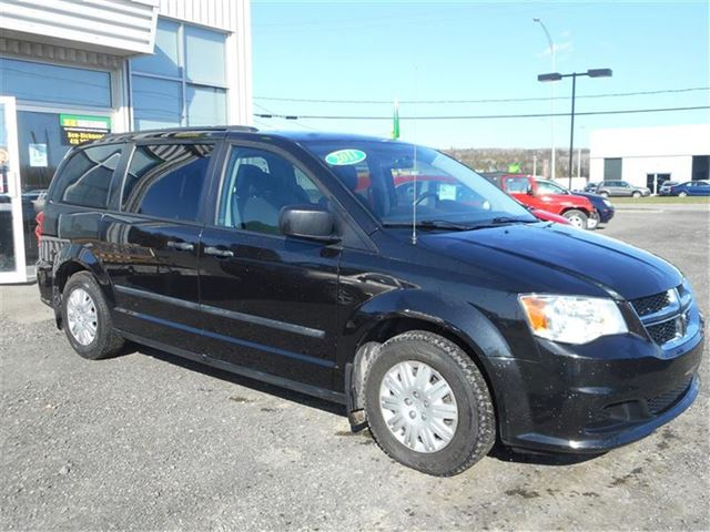 2011 Dodge Grand Caravan GARANTIE FIN SEPT 2016 in Saint-Simeon, Quebec