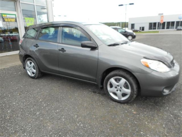 2007 Toyota Matrix           in Saint-Simeon, Quebec