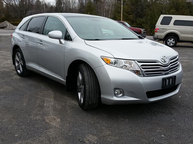 2011 toyota venza awd rockland ontario used car for. Black Bedroom Furniture Sets. Home Design Ideas