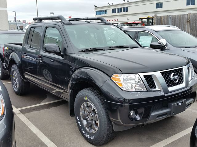 2016 nissan frontier pro 4x 4x4 mississauga ontario new. Black Bedroom Furniture Sets. Home Design Ideas