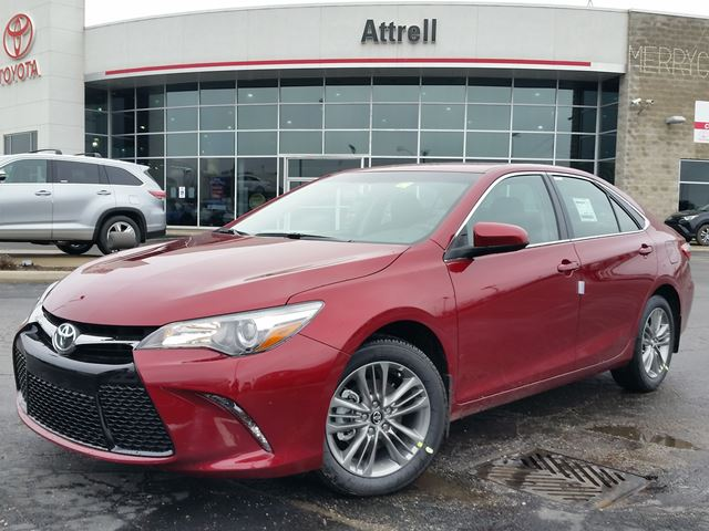 2016 toyota camry se brampton ontario car for sale 2449780. Black Bedroom Furniture Sets. Home Design Ideas