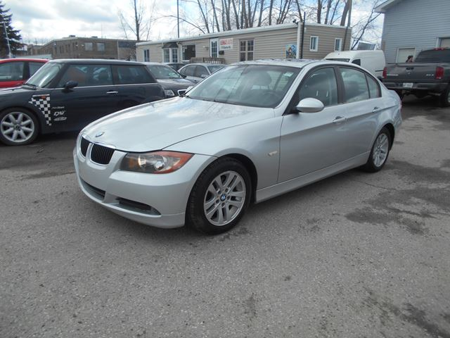 2008 bmw 3 series 323i ottawa ontario car for sale 2453694. Black Bedroom Furniture Sets. Home Design Ideas