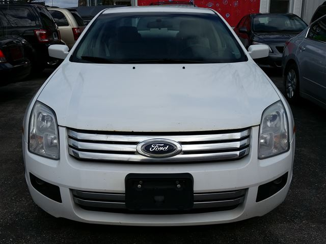 2007 ford fusion se brampton ontario used car for sale. Black Bedroom Furniture Sets. Home Design Ideas