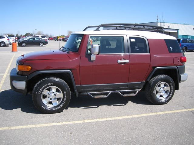 2008 toyota fj cruiser certified e tested purple. Black Bedroom Furniture Sets. Home Design Ideas