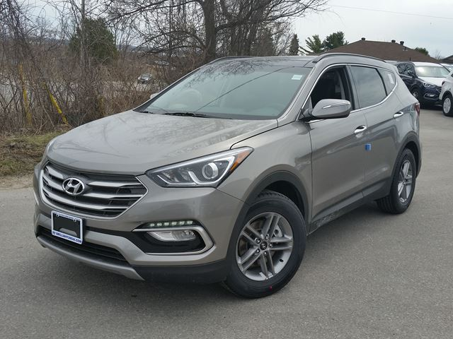 2017 hyundai santa fe 2 4l se awd 1750 off 0 silver orillia hyundai new car. Black Bedroom Furniture Sets. Home Design Ideas
