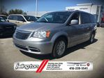 2015 Chrysler Town and Country LIMITED - FWD, 3.6L V6 *FORMER RENTAL* FULLY LOADED w/ POWER STOW 'N GO SEATS, NAV, BACKUP CAM, SUNROOF, POWER/HEATED SEATS, DUAL VIDEO MONITORS & MORE! in Toronto, Ontario