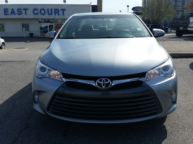 2015 toyota camry scarborough ontario used car for sale 2467499. Black Bedroom Furniture Sets. Home Design Ideas