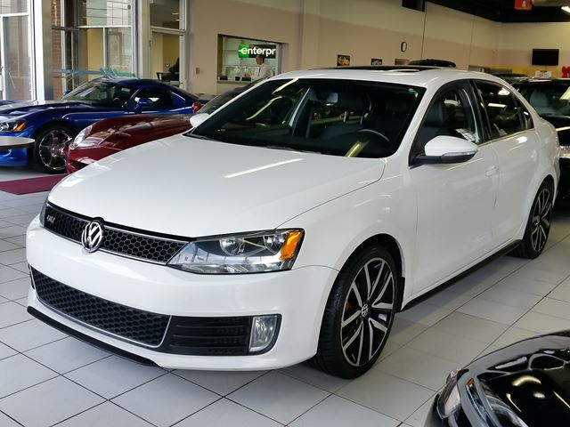 2012 volkswagen jetta gli white city automotive sales and leasing. Black Bedroom Furniture Sets. Home Design Ideas