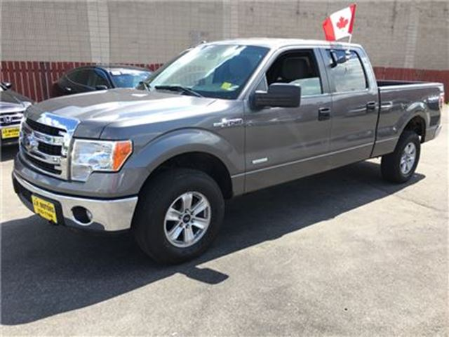 2014 ford f 150 xlt crew cab ecoboost 4x4 burlington ontario used car for sale 2472637. Black Bedroom Furniture Sets. Home Design Ideas