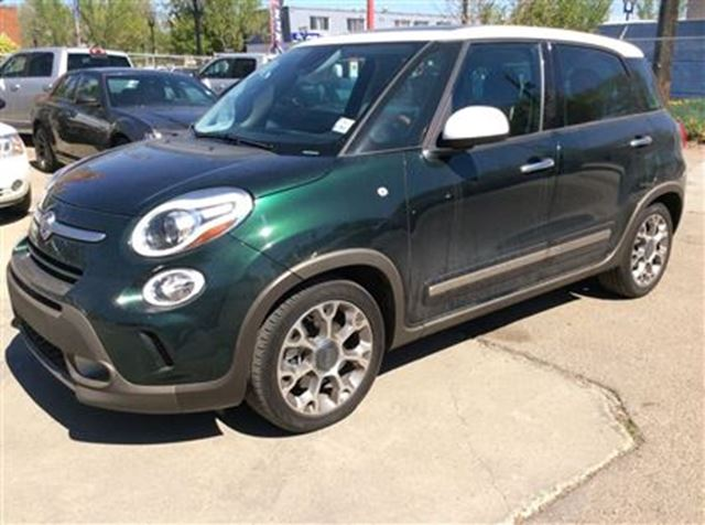 2014 fiat 500l trekking easy approvals call today. Black Bedroom Furniture Sets. Home Design Ideas