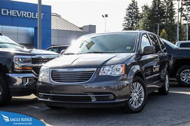 2015 chrysler town country touring l silver eagle ridge gm. Black Bedroom Furniture Sets. Home Design Ideas