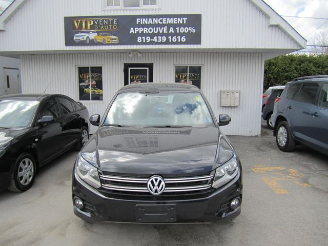 2012 Volkswagen Tiguan 4MOTION BLACK ON BLACK MINT CONDITION in Gatineau, Quebec