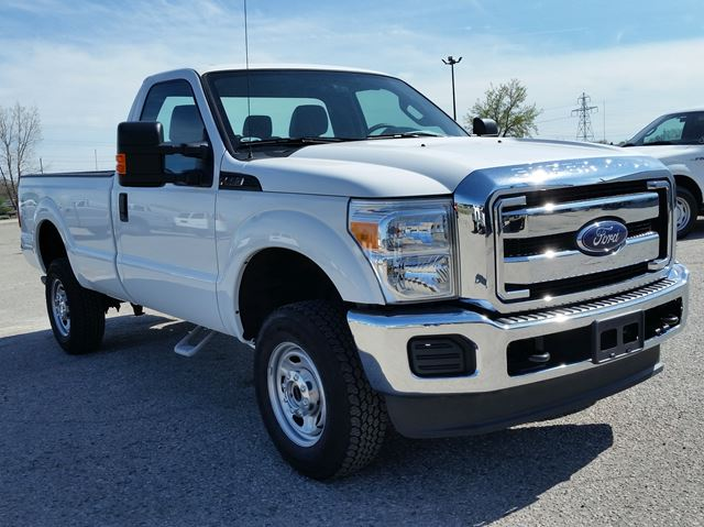 2015 ford super duty f 250 xl 4x4 white bennett auto sales our london. Black Bedroom Furniture Sets. Home Design Ideas