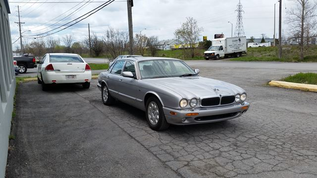 2001 jaguar xj series xj8 extra clean 9995 only 152k o b o ottawa ontario car for sale. Black Bedroom Furniture Sets. Home Design Ideas