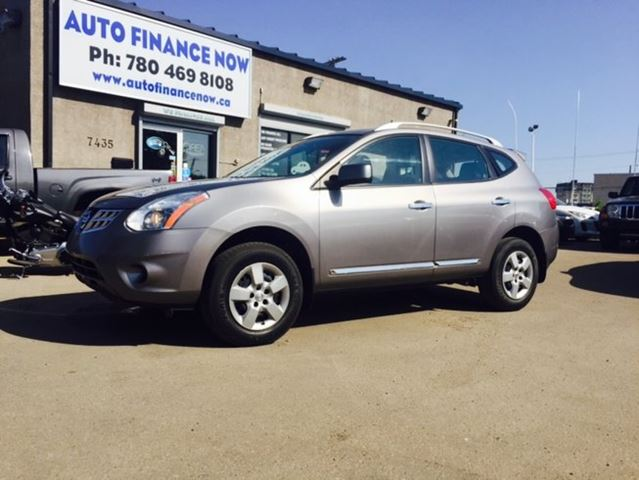 2012 nissan rogue sv 4dr all wheel drive grey auto finance now. Black Bedroom Furniture Sets. Home Design Ideas