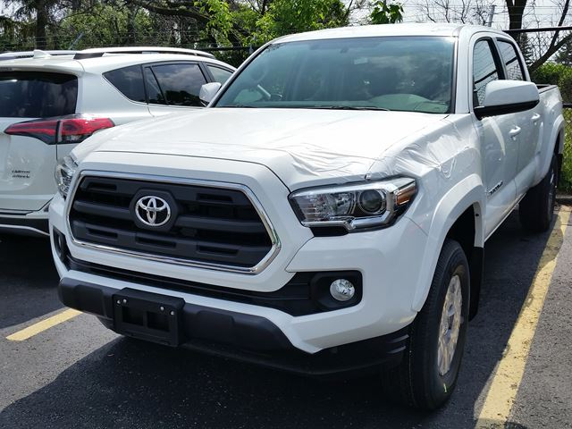 2016 toyota tacoma sr5 white erin park toyota new car. Black Bedroom Furniture Sets. Home Design Ideas