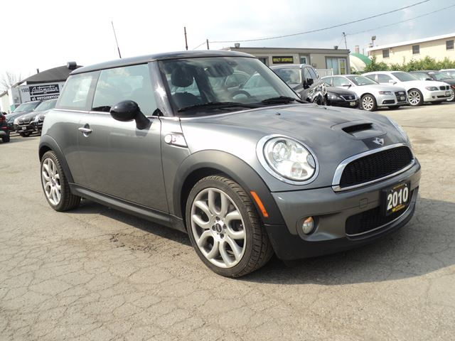 2010 mini cooper s s panoramic sun roof grey royalty enterprises. Black Bedroom Furniture Sets. Home Design Ideas