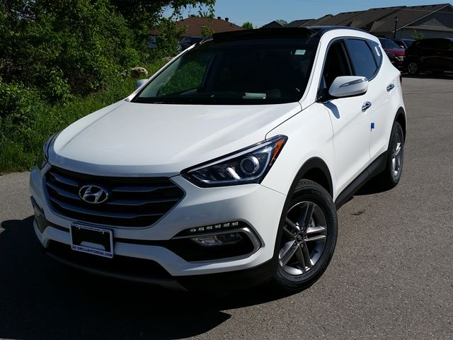 2017 hyundai santa fe se white orillia hyundai new car. Black Bedroom Furniture Sets. Home Design Ideas