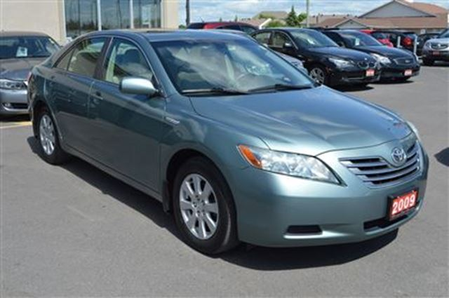 2009 toyota camry hybrid loaded incl sunroof ottawa ontario used car for sale 2496926. Black Bedroom Furniture Sets. Home Design Ideas