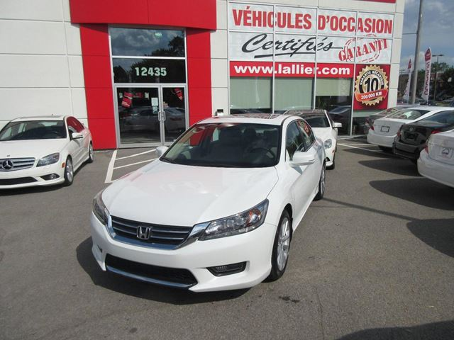 2015 Honda Accord Touring in Montreal, Quebec
