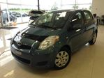 2010 Toyota Yaris BLEUE AIR CLIMATISn++E JANTES DACIER CD in Joliette, Quebec