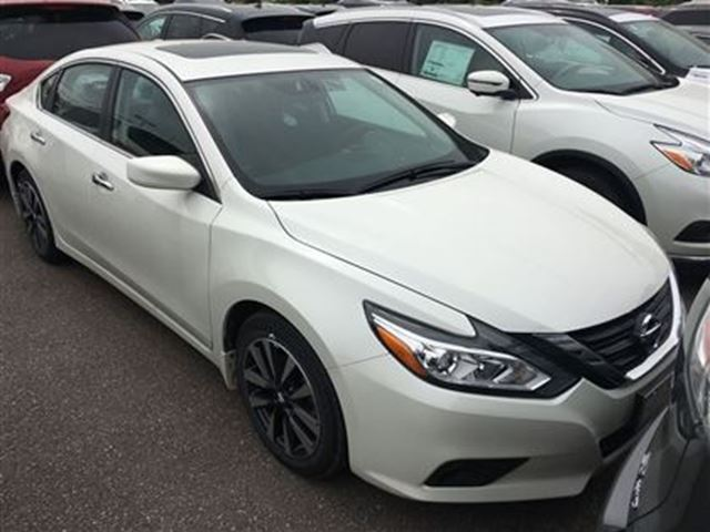 2016 nissan altima 2 5 sv heated seats back up camera white bolton nissan. Black Bedroom Furniture Sets. Home Design Ideas