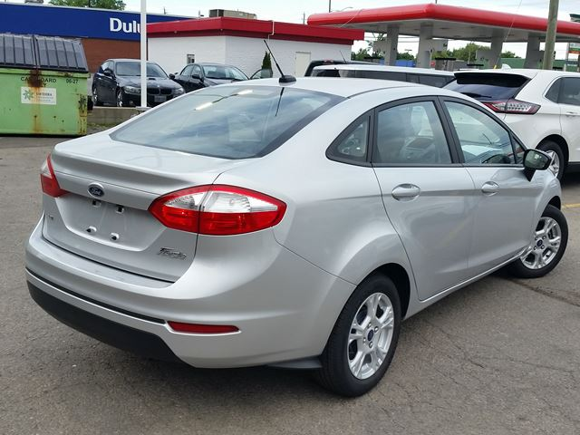 Simple 2015 Ford Fiesta SE  Hamilton Ontario Used Car For Sale