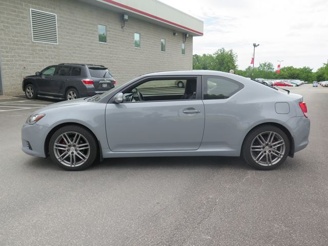 2013 scion tc auto whitby ontario used car for sale. Black Bedroom Furniture Sets. Home Design Ideas