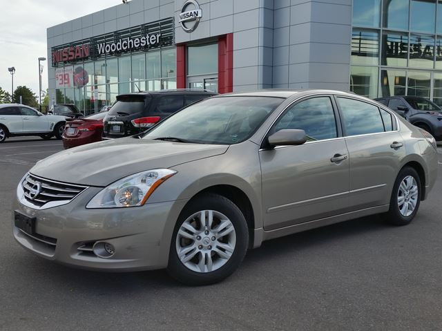 2012 nissan altima 2 5 s grey woodchester nissan and infiniti. Black Bedroom Furniture Sets. Home Design Ideas
