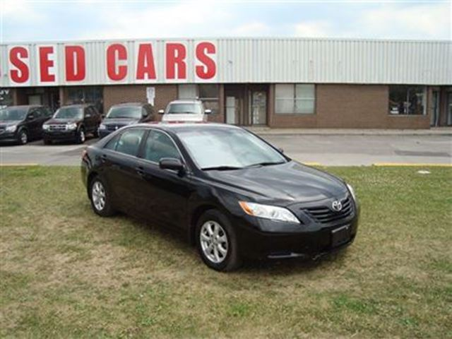 2008 toyota camry le alloy wheels all power options. Black Bedroom Furniture Sets. Home Design Ideas