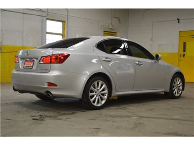 2009 lexus is 250 awd sport premium ottawa ontario car for sale 2516888. Black Bedroom Furniture Sets. Home Design Ideas