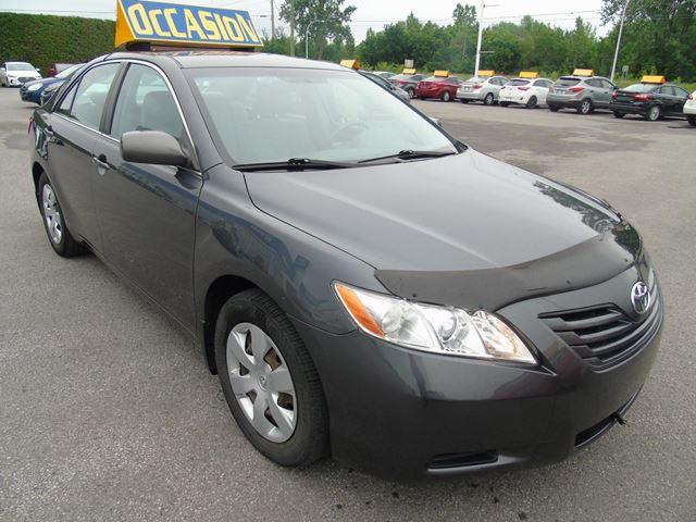 2009 toyota camry le joliette quebec car for sale 2518339. Black Bedroom Furniture Sets. Home Design Ideas
