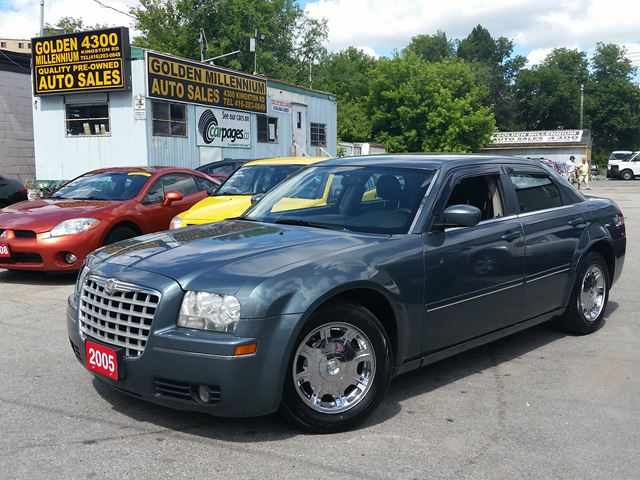 2005 chrysler 300 300 touring green golden millennium. Black Bedroom Furniture Sets. Home Design Ideas