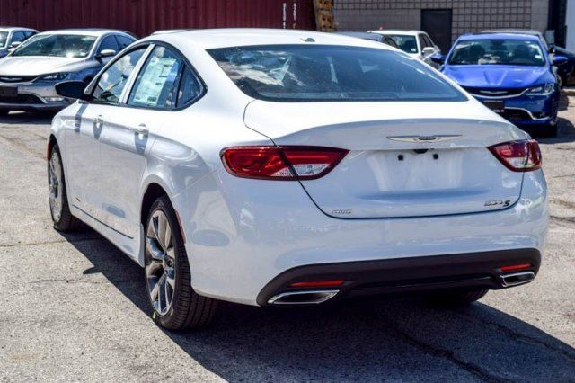 2016 Chrysler 200 S AWD Premium Lighting,Comfort Grps ...