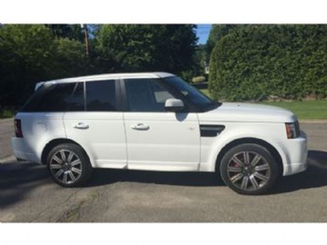 2013 land rover range rover sport white lease busters. Black Bedroom Furniture Sets. Home Design Ideas