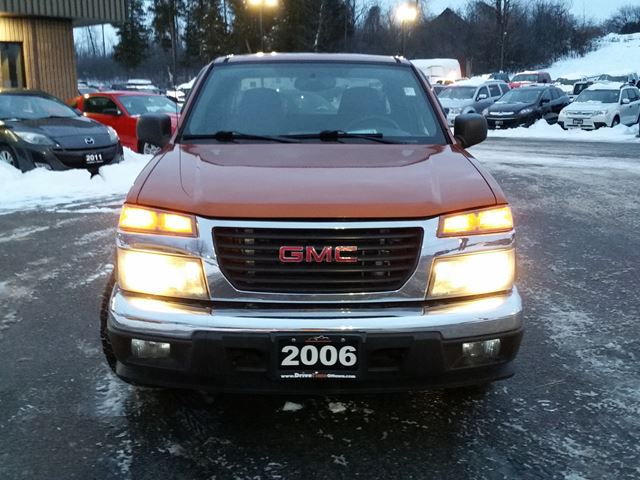 2006 gmc canyon sl extended cab automatic ottawa ontario used car for sale 2527717. Black Bedroom Furniture Sets. Home Design Ideas
