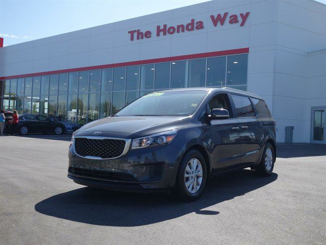 2016 KIA Sedona LX in Abbotsford, British Columbia