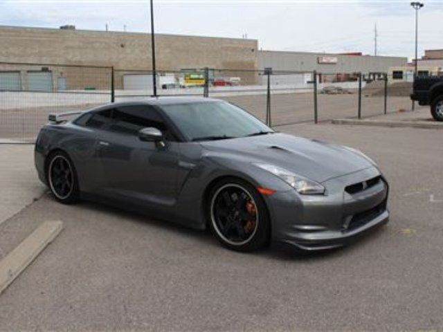 2009 nissan gt r calgary alberta car for sale 2531245. Black Bedroom Furniture Sets. Home Design Ideas