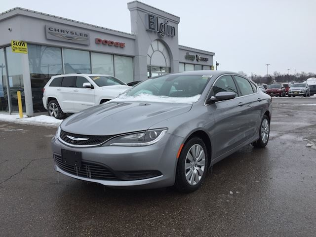2016 Chrysler 200 LX in St Thomas, Ontario