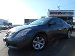 2009 Nissan Altima 2.5S - 2 DR - 6SPD - SUNROOF in Oakville, Ontario